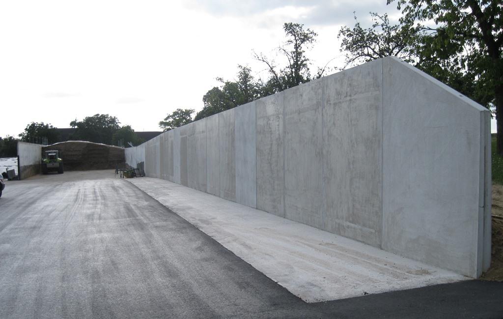 L-Förmige Fahrsiloelemente der Firma Beton Betz